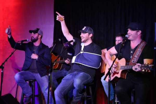 TYLER FARR, JERROD NIEMANN AND CHRIS YOUNG PERFORM FOR INDUSTRY EXECUTIVES DURING JUNE BOARD/AGENDA MEETINGS