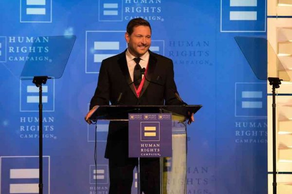 HRC Honors Ty Herndon With Visibility Award at the 2018 HRC Nashville Equality Dinner