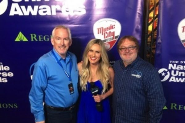 "The Country Network Receives Distinguished ""Music Network of the  Year"" Award at The 5th Annual Nashville Universe Awards"